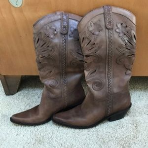 Matisse women's brown size 6.5 leather high boots